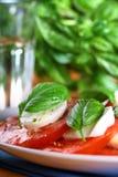 caprese ντομάτα μοτσαρελών Στοκ Εικόνα