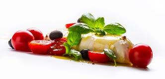 Caprese caprese σαλάτα ιταλική σαλάτα Μεσογειακή σαλάτα carpaccio κουζίνας άριστη πολυτέλεια τρόπου ζωής τροφίμων ιταλική Μεσογει Στοκ Εικόνα