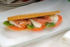 caprese panini 3569005 och parma skinka fotografering för bildbyråer