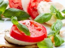 Caprese-Salat Lizenzfreie Stockbilder