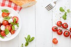 Caprese Salat Feld Kopieren Sie Platz Stockfoto