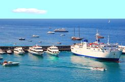 capri海岛端口 免版税库存图片