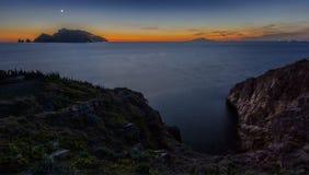 Capri-Eiland onder het Blauw royalty-vrije stock foto