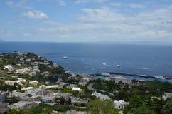 Capri, för hav, för himmel, för kust, kust- och oceaniska landforms royaltyfri foto