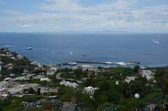 Capri, för hav, för himmel, för kust, kust- och oceaniska landforms royaltyfria bilder
