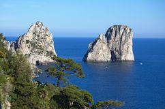 Capri and faraglioni, Campania, Italia Stock Photography