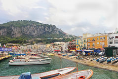 Capri hamn Arkivbild
