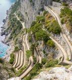 Capri, Italia, vía Krupp Es un sendero pavimentado histórico foto de archivo