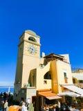 Capri Włochy, Maj, - 04, 2014: Clocktower na piazza Umberto Ja Obrazy Royalty Free
