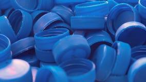 Capsule di plastica blu