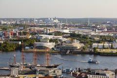 Capsule San Diego y el teatro im Hafen en Hamburgo, editorial Imagenes de archivo