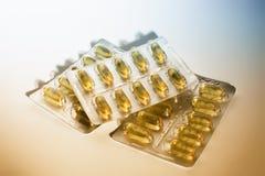 capsules рыбий жир стоковые фото