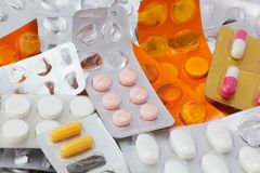 Free Capsules And Tablets Royalty Free Stock Image - 44163416