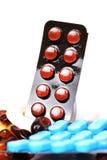 Capsules en tabletten Royalty-vrije Stock Afbeelding
