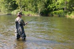Capturas do pescador dos salmões Imagem de Stock Royalty Free
