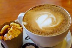 Capuchino caldo del caffè Fotografia Stock