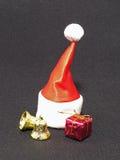 Capuchon rouge de Santa. Images libres de droits