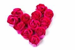 Capullos de rosa bajo la forma de corazón imagen de archivo