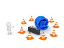 carácter 3D que muestra en el símbolo rodeado por los conos del camino - Websit Fotografía de archivo libre de regalías