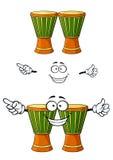 Carácter de madera africano del tambor del djembe de la historieta Fotos de archivo