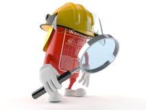 Carácter del extintor que mira a través de la lupa ilustración del vector