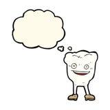 carácter feliz del diente de la historieta con la burbuja del pensamiento Foto de archivo libre de regalías