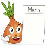 Carácter lindo de la cebolla con el menú en blanco Imagen de archivo libre de regalías