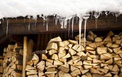 Carámbanos y maderas Fotos de archivo