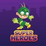 Caráter engraçado bonito do menino em uma ilustração verde do vetor dos desenhos animados do traje do super-herói Fotos de Stock Royalty Free