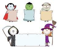 Caráteres de Halloween com bandeira vazia Fotografia de Stock Royalty Free