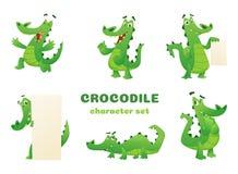 Caráteres do crocodilo dos desenhos animados Do verde anfíbio selvagem do réptil do jacaré as mascote grandes do vetor dos animai ilustração do vetor