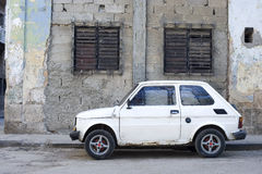 Car and crumbling walls - Havana, Cuba Stock Image