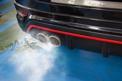 Free Car Exhaust Smoke Royalty Free Stock Photo - 139630605