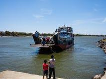 Car-ferry Che Guevara vers l'île d'Ometepe Images libres de droits