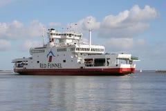 Car-ferry chez Cowes Photo libre de droits