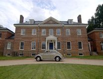 Car in front of Mansion Stock Photos
