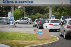 Car line for the fuel shortage. Saint Gilles Croix de Vie, France - May 24, 2016 : Strikes bring shortages in hundreds of French petrol stations Royalty Free Stock Photos