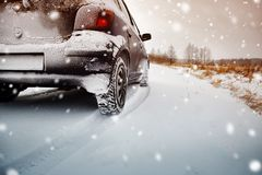 Free Car Tires On Winter Road Covered With Snow Stock Image - 159834871