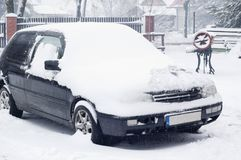 Car under snow Stock Photography
