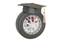 Car wheel with mortarboard, 3D Royalty Free Stock Photos
