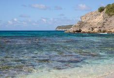 Caraïbisch strand in Guadeloupe Royalty-vrije Stock Afbeeldingen