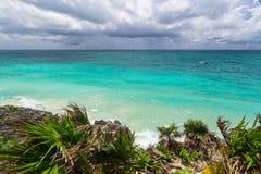 Caraïbisch strand van Tulum royalty-vrije stock afbeelding