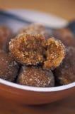 Caraïbisch voedsel: Tamarindeballen stock afbeelding