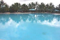 Caraïbische Hotelpool Royalty-vrije Stock Fotografie