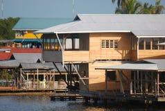 Caraïbische huizen. Toro van Bocas del baai, Panama Royalty-vrije Stock Afbeelding