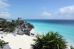 Caraïbische overzees van tulum Stock Afbeeldingen