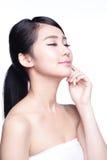 Cara bonita da mulher dos cuidados com a pele Fotografia de Stock