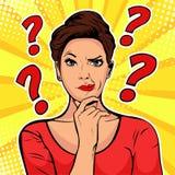 Cara cética das expressões faciais da mulher com pontos de interrogação em cima da cabeça Ilustração retro do pop art ilustração stock