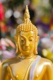 Cara da escultura dourada de buddha, Tailândia Imagens de Stock