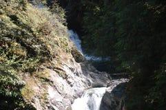 Cara da rocha em quedas de Snoqualmie Imagens de Stock Royalty Free